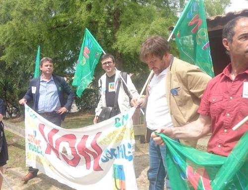 Action du SNETAP FSU lors de la visite du ministre de l agriculture à Oeyreluy